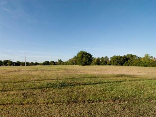 935 S Clark Road, Cedar Hill, TX 75104 (MLS #14110708) :: RE/MAX Town & Country
