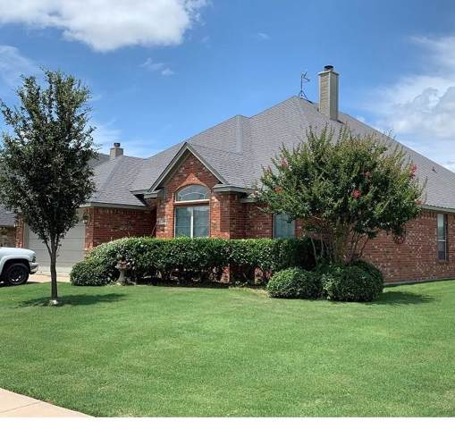 300 Hudson Lane, Burleson, TX 76028 (MLS #14111448) :: RE/MAX Town & Country