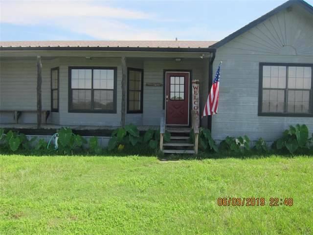 1133 Hwy 69, Point, TX 75472 (MLS #14112375) :: The Real Estate Station