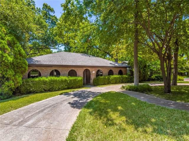 8254 San Cristobal Drive, Dallas, TX 75218 (MLS #14115004) :: Tenesha Lusk Realty Group