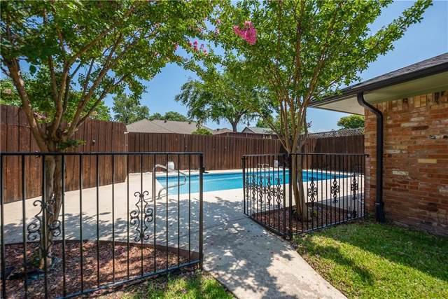 2817 S Surrey Drive, Carrollton, TX 75006 (MLS #14126040) :: Lynn Wilson with Keller Williams DFW/Southlake