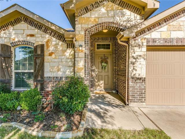 901 Silverthorne Drive, Burleson, TX 76028 (MLS #14136756) :: The Mitchell Group