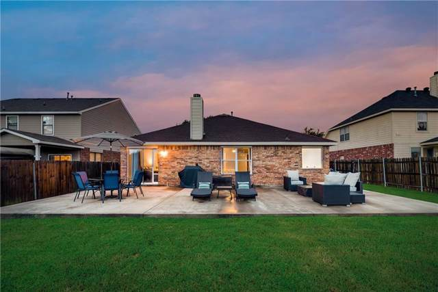 6527 Plainview Court, Arlington, TX 76002 (MLS #14139405) :: RE/MAX Town & Country