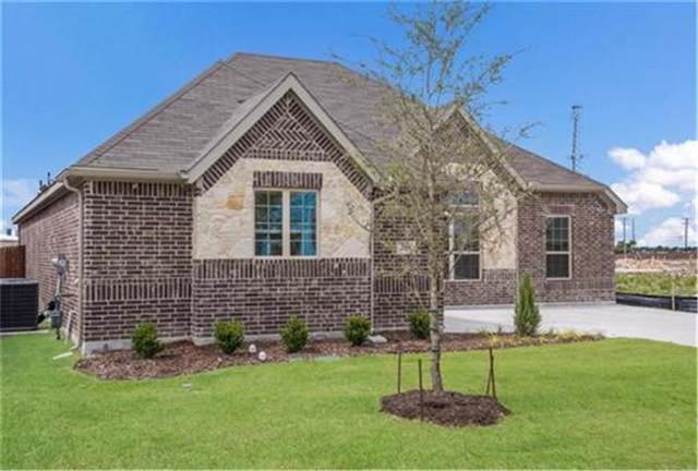 249 Sugar Creek Lane, Saginaw, TX 76131 (MLS #14139531) :: The Real Estate Station