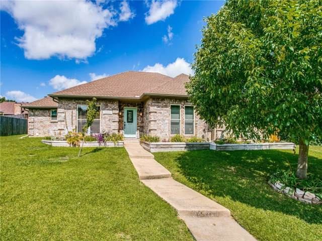 111 Douglas Drive, Wylie, TX 75098 (MLS #14141266) :: RE/MAX Town & Country