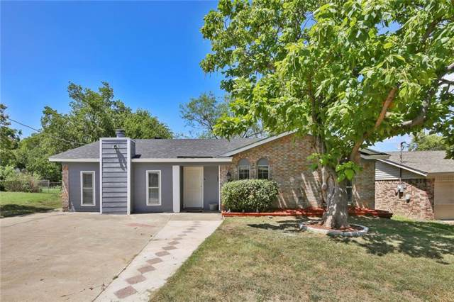 1722 Armstead Avenue, Grand Prairie, TX 75051 (MLS #14143365) :: RE/MAX Town & Country