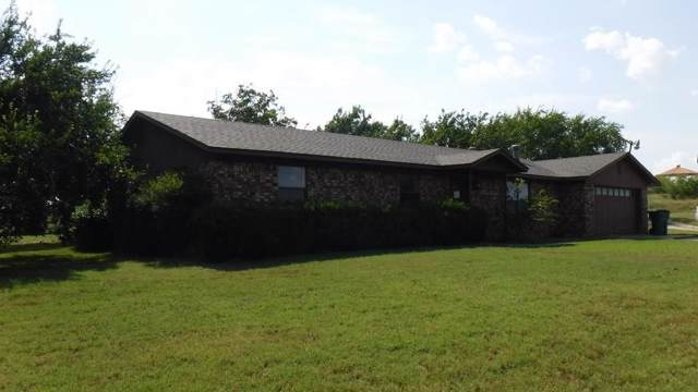 306 E Bluemound Road, Nocona, TX 76255 (MLS #14143528) :: All Cities Realty