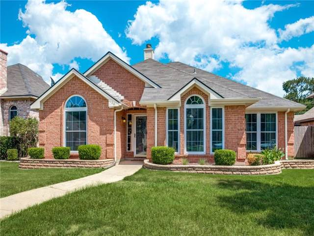 2136 Walden Place, Mesquite, TX 75181 (MLS #14145030) :: RE/MAX Town & Country