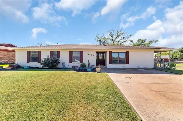 1100 Cozby Street E, Benbrook, TX 76126 (MLS #14156193) :: Potts Realty Group