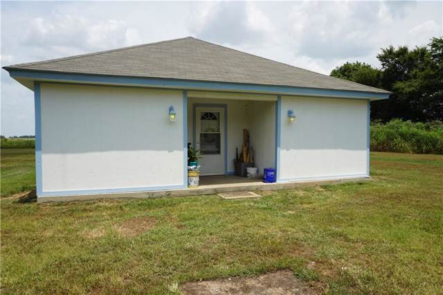 208 County Road 2116, Ivanhoe, TX 75447 (MLS #14157903) :: Frankie Arthur Real Estate