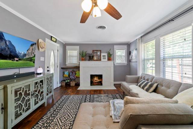 1224 Hollywood Avenue, Dallas, TX 75208 (MLS #14161303) :: Kimberly Davis & Associates