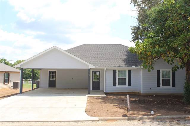 112 Wade Street E, Whitesboro, TX 76273 (MLS #14161620) :: NewHomePrograms.com LLC