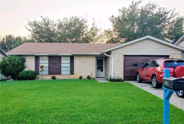 1811 Arkansas Street, Gainesville, TX 76240 (MLS #14163203) :: Kimberly Davis & Associates