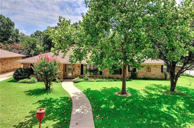 1424 Crescent Drive, Sherman, TX 75092 (MLS #14168901) :: Kimberly Davis & Associates
