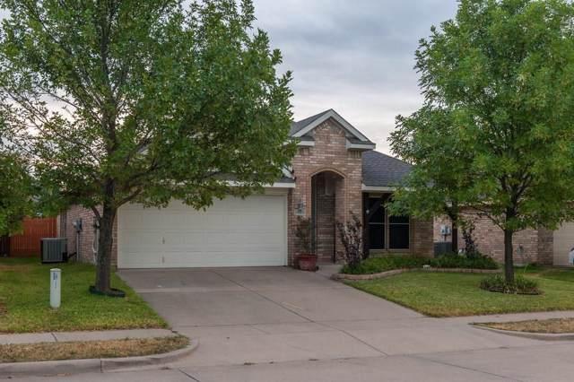 1622 Hillside Drive, Waxahachie, TX 75165 (MLS #14180386) :: The Good Home Team