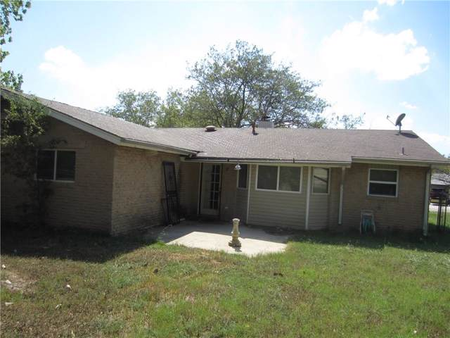 3111 Selfridge Drive, Arlington, TX 76014 (MLS #14184218) :: RE/MAX Town & Country