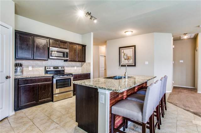257 Meadowlands Drive, Ponder, TX 76259 (MLS #14187820) :: Kimberly Davis & Associates