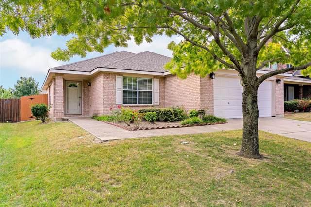 2036 Moonlight Trail, Heartland, TX 75126 (MLS #14194155) :: Team Tiller