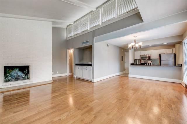 5926 Sandhurst Lane #223, Dallas, TX 75206 (MLS #14198246) :: The Hornburg Real Estate Group