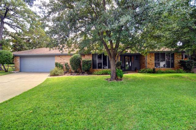 4923 Stage Line Drive, Arlington, TX 76017 (MLS #14198458) :: The Hornburg Real Estate Group