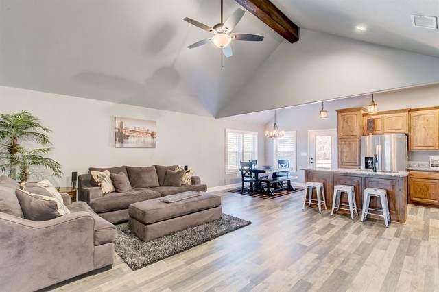 2300 Creek Drive, Granbury, TX 76048 (MLS #14199899) :: Potts Realty Group