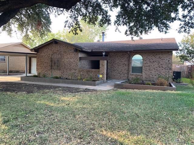 4433 Mink Drive, Haltom City, TX 76117 (MLS #14201854) :: Tenesha Lusk Realty Group