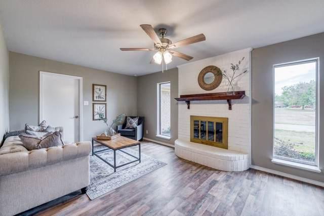 608 Sunrise Drive, Waxahachie, TX 75165 (MLS #14203524) :: Lynn Wilson with Keller Williams DFW/Southlake
