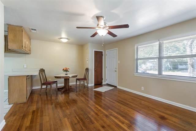 2366 Glengariff Drive, Dallas, TX 75228 (MLS #14203552) :: Lynn Wilson with Keller Williams DFW/Southlake