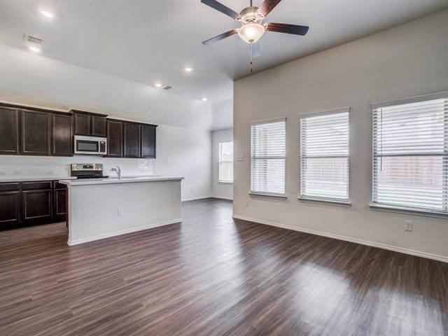 402 Stuart Lane, Fate, TX 75189 (MLS #14204309) :: Lynn Wilson with Keller Williams DFW/Southlake