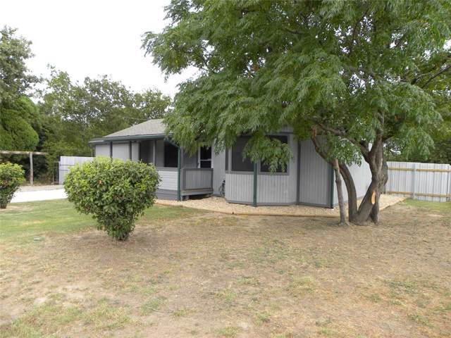 917 3rd Avenue, Mineral Wells, TX 76067 (MLS #14204585) :: RE/MAX Town & Country