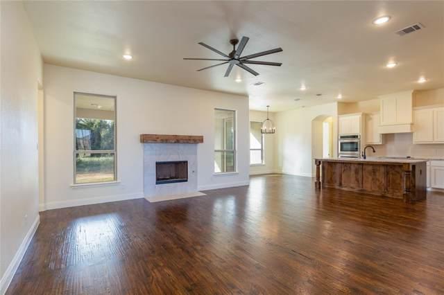 111 Maudy Lane, Springtown, TX 76082 (MLS #14205738) :: Lynn Wilson with Keller Williams DFW/Southlake