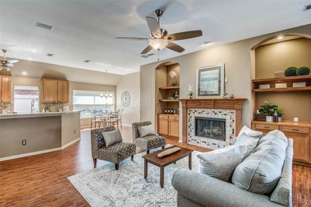 8833 Beartooth Drive, Frisco, TX 75036 (MLS #14211121) :: RE/MAX Town & Country