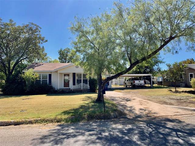 909 Rambler Street, Albany, TX 76430 (MLS #14212937) :: The Chad Smith Team