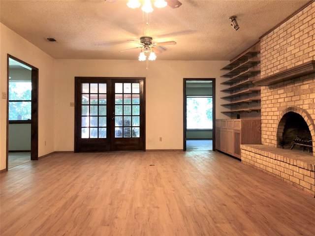 320 Hidden Valley Drive, Aledo, TX 76008 (MLS #14213305) :: Potts Realty Group