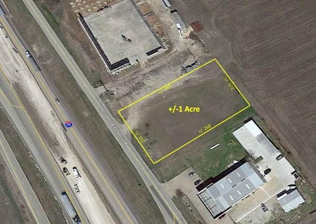 3651 S Interstate Highway 35 E, Waxahachie, TX 75165 (MLS #14214367) :: The Mauelshagen Group