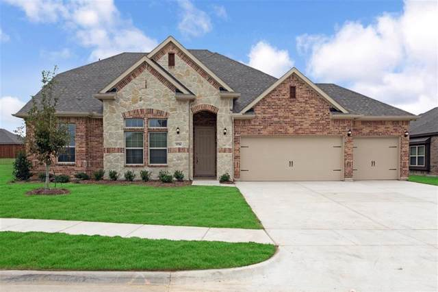 3736 Iron Horse Pass, Krum, TX 76249 (MLS #14216391) :: RE/MAX Town & Country