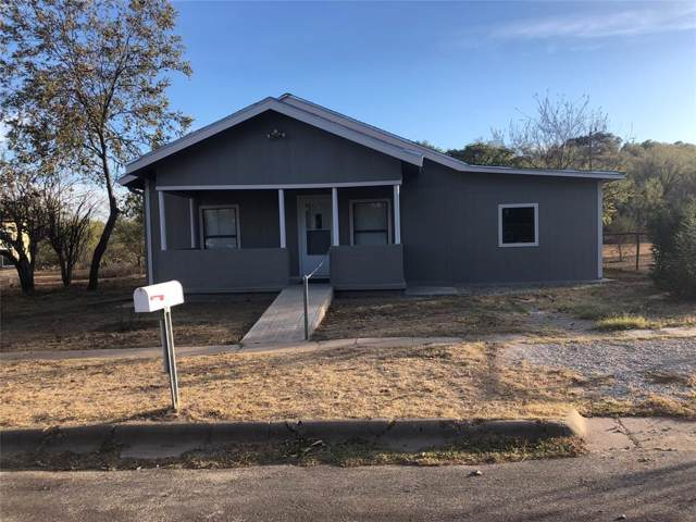 1009 W Mesquite, Coleman, TX 76834 (MLS #14219865) :: Hargrove Realty Group
