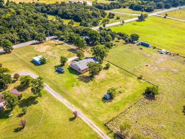 1000 Stadium Drive, Joshua, TX 76058 (MLS #14220394) :: Potts Realty Group