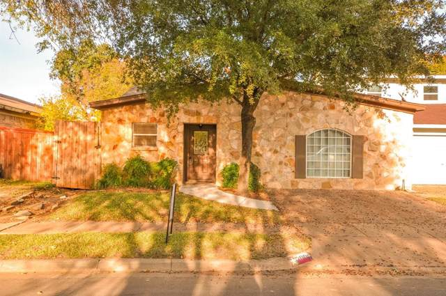 2006 Loma Verde Drive, Bedford, TX 76021 (MLS #14226740) :: RE/MAX Town & Country