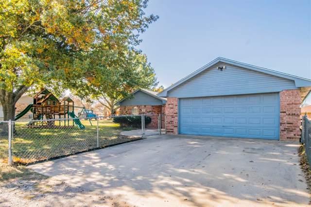304 Sage Trail, Springtown, TX 76082 (MLS #14227243) :: The Kimberly Davis Group