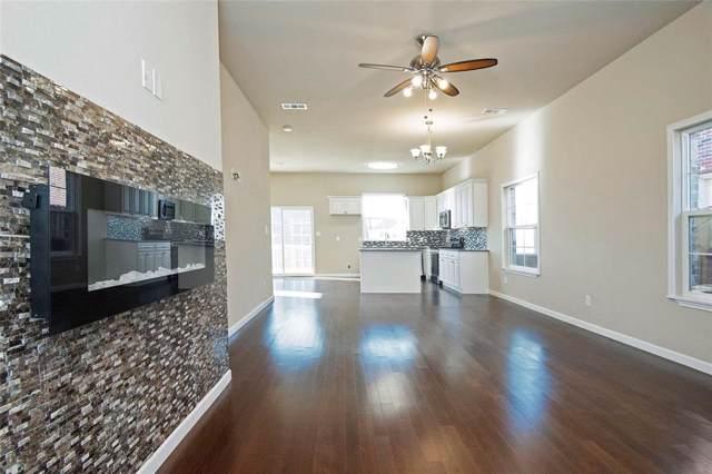 102 Brooks Street, Terrell, TX 75160 (MLS #14228031) :: The Kimberly Davis Group