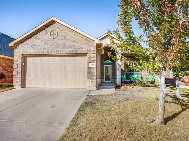 1405 Castlegar Lane, Fort Worth, TX 76247 (MLS #14228652) :: NewHomePrograms.com LLC