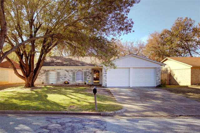 10109 Peppertree Lane, Fort Worth, TX 76108 (MLS #14229136) :: The Chad Smith Team
