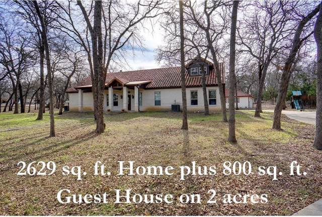 498 Wildwood Trail, Weatherford, TX 76085 (MLS #14229297) :: NewHomePrograms.com LLC