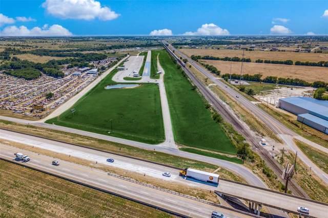 3236 Memory Lane, Sanger, TX 76266 (MLS #14238008) :: The Real Estate Station