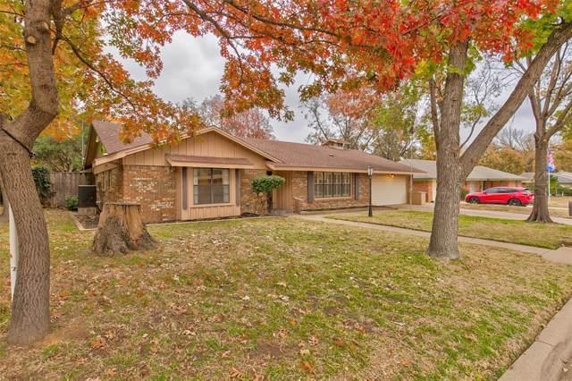 328 Plainview Drive, Hurst, TX 76054 (MLS #14238308) :: Potts Realty Group