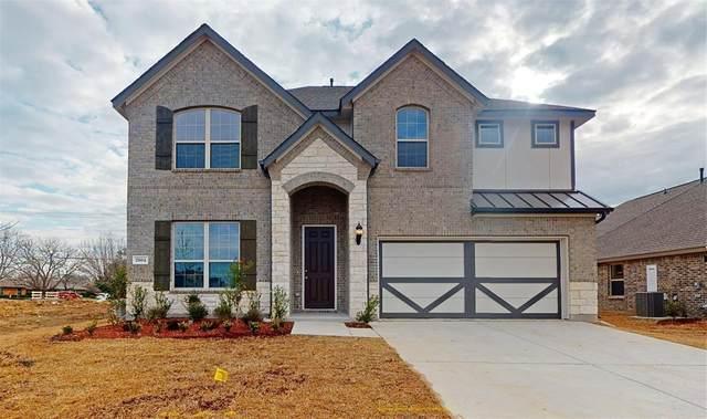2804 Dancing Flame Drive, Denton, TX 76201 (MLS #14244396) :: Real Estate By Design
