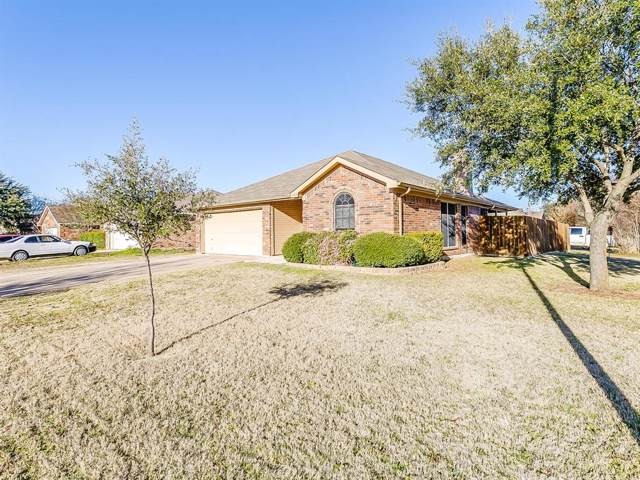 1800 Buddy Davis Lane, Mansfield, TX 76063 (MLS #14255572) :: The Hornburg Real Estate Group