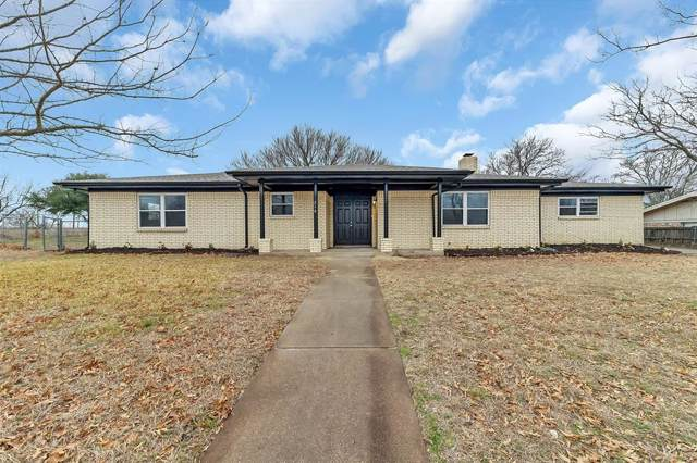 216 Clearwood Drive, Fort Worth, TX 76108 (MLS #14257228) :: The Good Home Team
