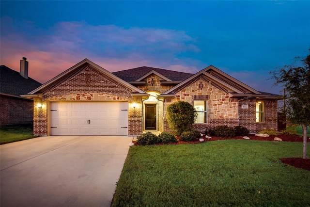 402 Lone Star Drive, Justin, TX 76247 (MLS #14257322) :: Justin M Bassett Realty Group